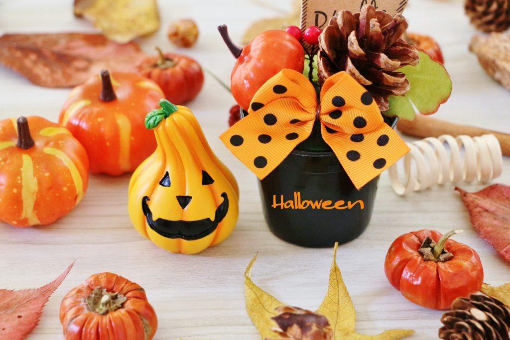 ハロウィンの飾り付け方法 折り紙で手作りハロウィンパーティー!