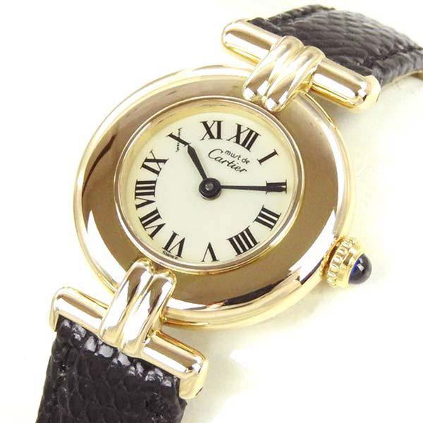 本日は憧れの腕時計、カルティエのマストコリゼを撮影しました!